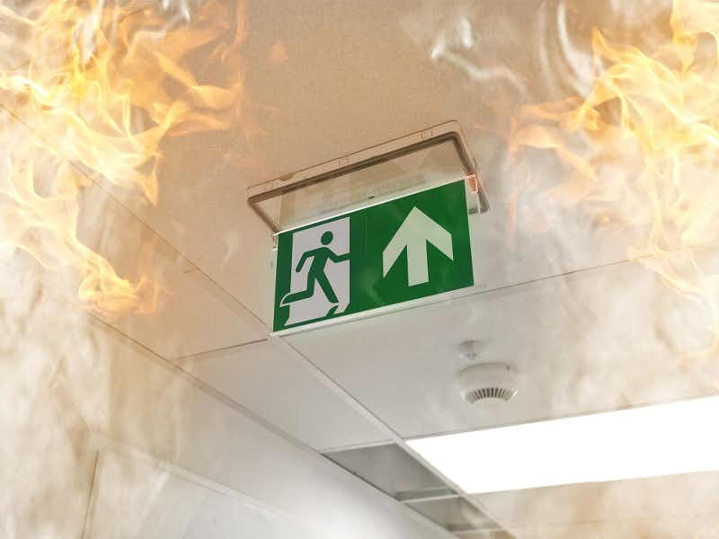 ไฟไหม้ ประกันอัคคีภัย บันไดหนีไฟ