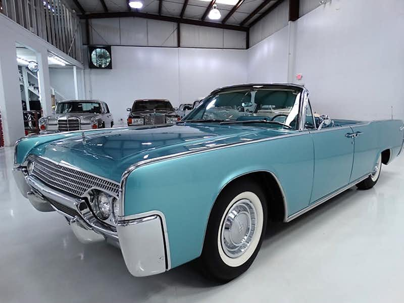 ถังน้ำมัน Lincoln Continental
