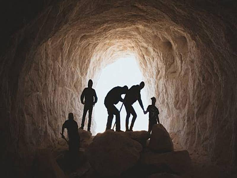 เที่ยวถ้ำ
