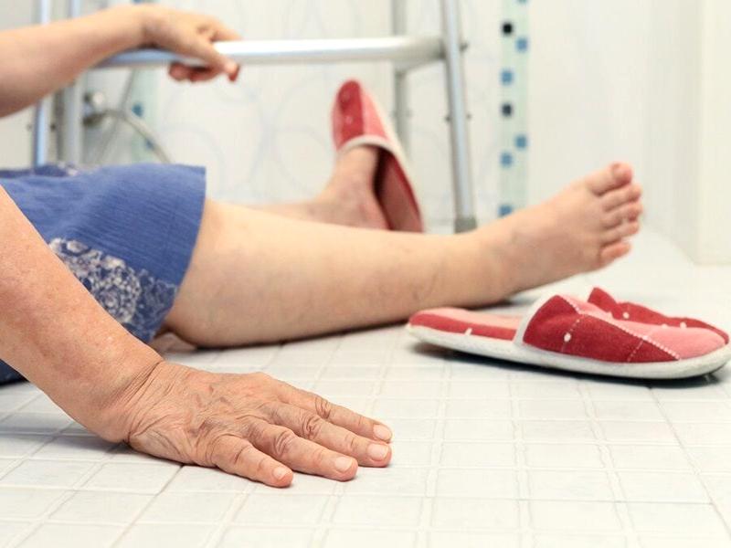 ผู้สูงอายุ-หกล้ม-จัดบ้าน